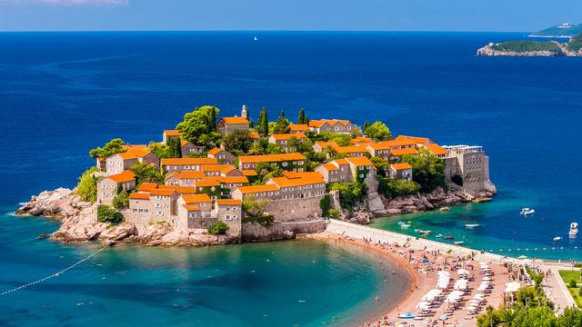 Không riêng đảo Síp, loạt quốc gia này cũng cho đổi đầu tư BĐS lấy hộ chiếu