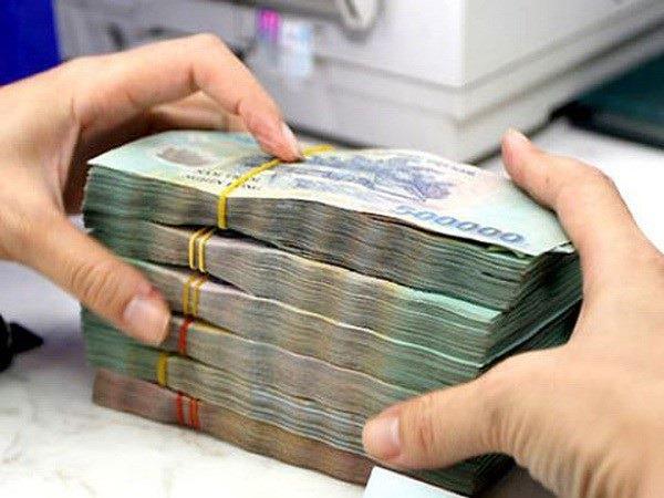 Nữ đại gia Hà Nội 'ngậm đắng' vì bị cán bộ ngân hàng lừa tiền tỷ