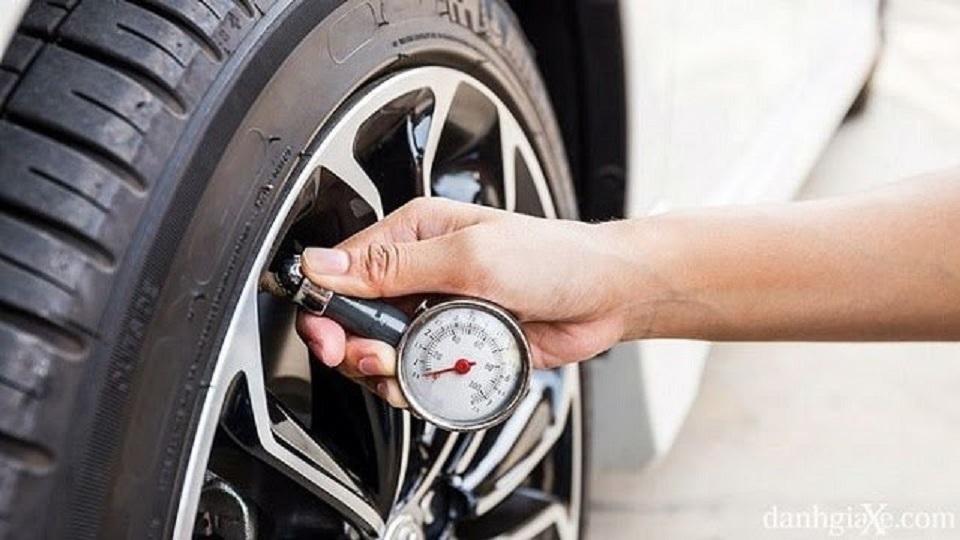 Tự bảo dưỡng xe tại nhà chỉ bằng vài thao tác đơn giản