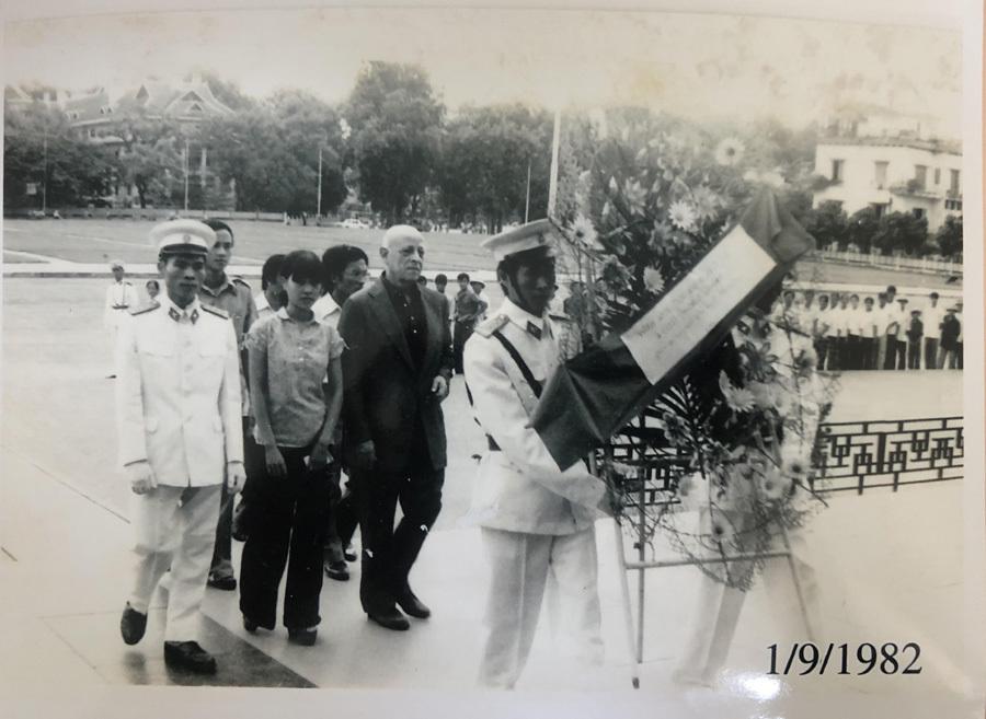 Sĩ quan tình báo Mỹ - nhân chứng đặc biệt ngày lập quốc 2/9/1945