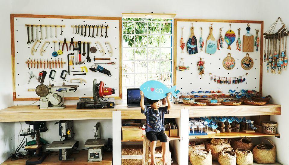 Đang là 'designer', cô gái 9X về quê xây nhà, bán cá