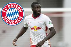 """Bayern lấy """"quái thú"""" Upamecano trên tay MU"""