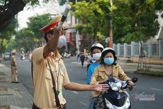 50 bác sĩ quân y phục vụ thi tốt nghiệp đợt 2 tại Quảng Nam và Đà Nẵng