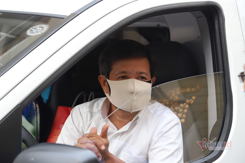 Ông Đoàn Ngọc Hải: 'Tôi chở bệnh nhân nghèo không phải để làm màu' - VietNamNet