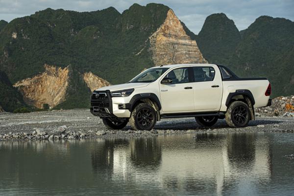 Hilux lọt top 10 mẫu xe bán chạy nhất thế giới đầu năm 2020