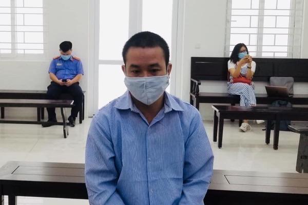 Dắt dao cạp quần, người đàn ông ở Hà Nội tìm hàng xóm đâm chết