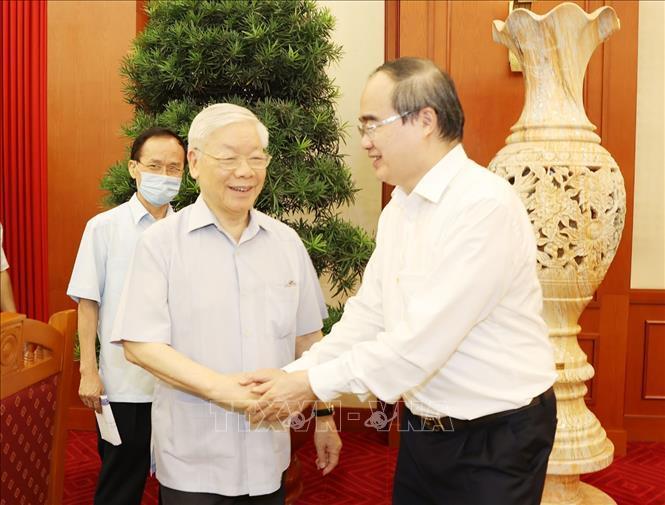 Tổng Bí thư, Chủ tịch nước chủ trì buổi làm việc với Ban Thường vụ Thành ủy TP.HCM