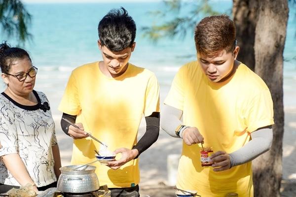 Bí quyết nấu gỏi sứa - lẩu sứa ngon đúng chuẩn Bình Định