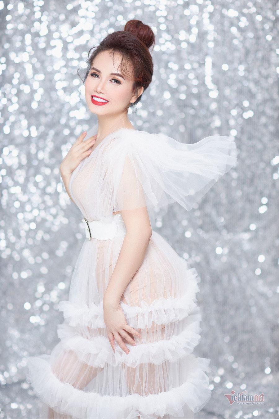 Diễn viên Hoàng Yến: 'Hôn nhân thứ 4 của tôi từng bên bờ vực thẳm'