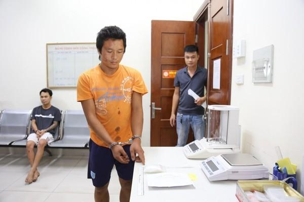 Trung uý công an bị đâm thủng bụng khi truy bắt tội phạm ma tuý