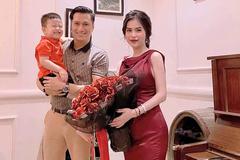 Việt Anh ăn tối với Hương Trần, mong vợ cũ sớm tìm được chồng mới