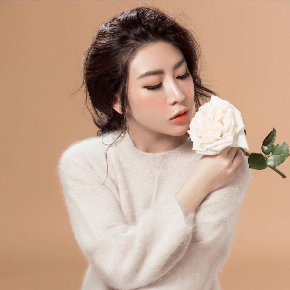 Trương Lệ Vân, hotgirl 'Anh không đòi quà' giờ ra sao?