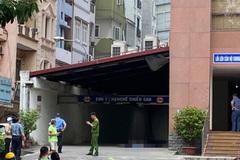 Nam thanh niên rơi từ tầng áp chót xuống đất tử vong ở Hà Nội