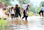 Bám trụ bản làng '3 không' để gieo con chữ ở miền Tây xứ Nghệ