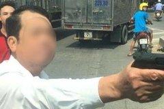 Công an xác minh vụ người đàn ông nghi dùng súng dọa bắn người đi đường