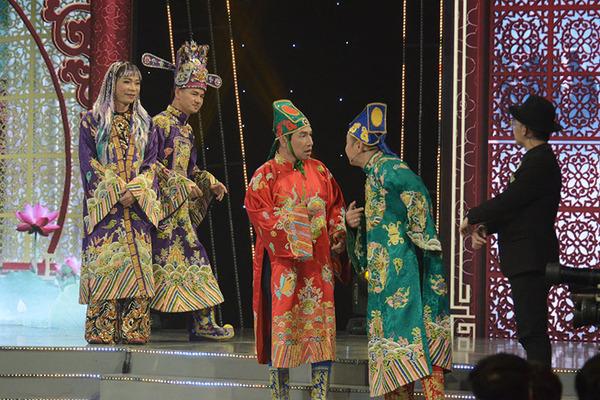 Dàn 'Táo quân' trở lại ấn tượng lễ trao giải VTV Awards 2020