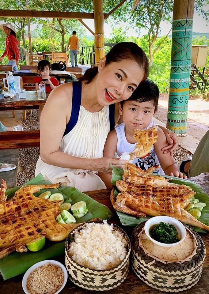 Diva Hồng Nhung rạng rỡ bên Quang Dũng, Hà Kiều Anh
