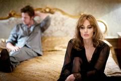 Angelina Jolie hy vọng các con sẽ làm chứng chống lại Brad Pitt