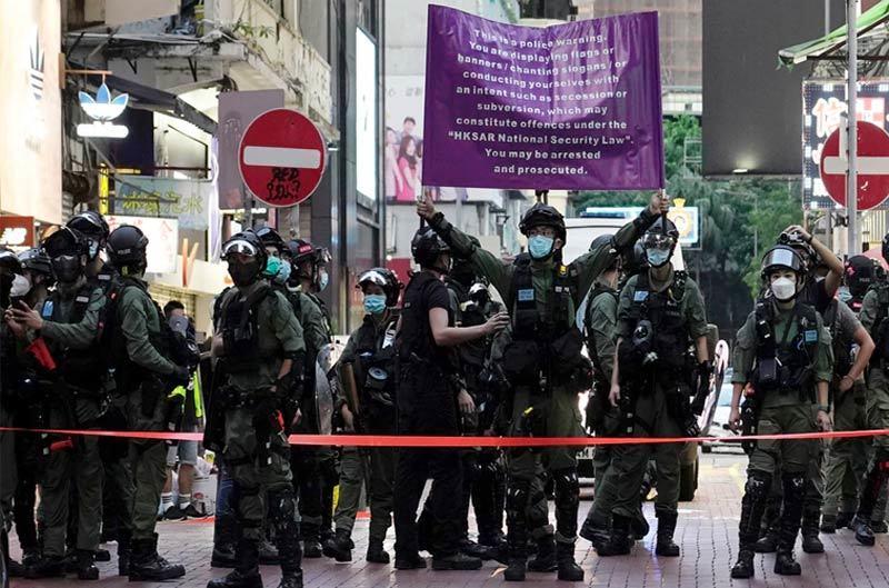 Trung Quốc tuyên bố không dung tha người phạm luật an ninh Hong Kong