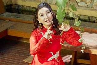 'Bà hoàng cải lương 3 lần tự tử' Bạch Tuyết sống một mình ở tuổi 76