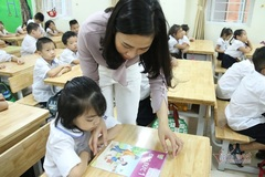 Bộ Giáo dục yêu cầu thanh, kiểm tra việc trang bị SGK và sách tham khảo