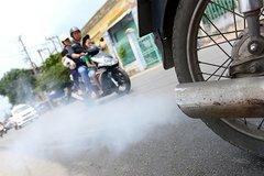 Đổi xe máy cũ lấy xe mới có giảm được ô nhiễm không khí?