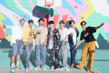 BTS kể về cuộc sống sau hào quang trong phim tài liệu mới
