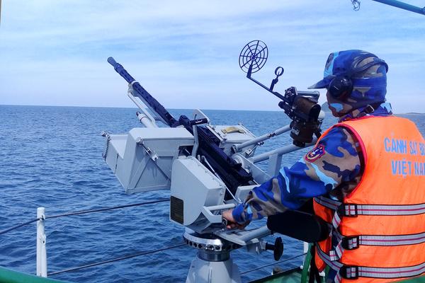 Huấn luyện chiến thuật vòng tổng hợp và bắn súng, pháo trên biển năm 2020