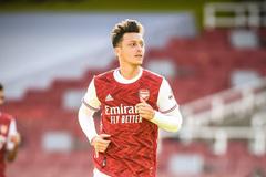 """Thoát cảnh """"người thừa"""", Ozil được trọng dụng ở Arsenal"""
