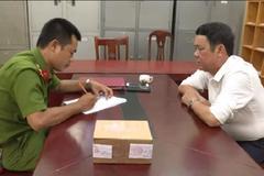 Bắt khẩn cấp giám đốc rút súng đe dọa người đi đường ở Bắc Ninh