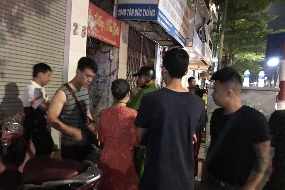 Truy bắt kẻ bạo hành con ở Bắc Ninh tại phố Tôn Đức Thắng, Hà Nội
