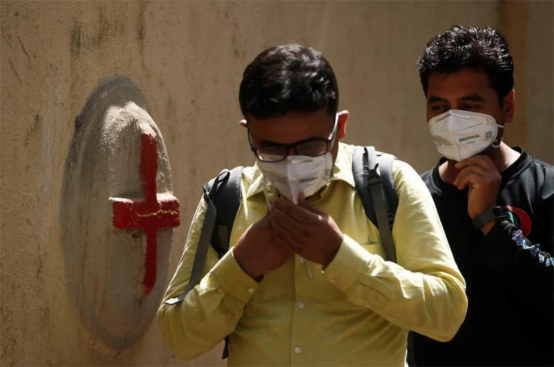 Thế giới 27,5 triệu ca nhiễm Covid-19, Ấn Độ hứng chịu ngày đen tối nhất