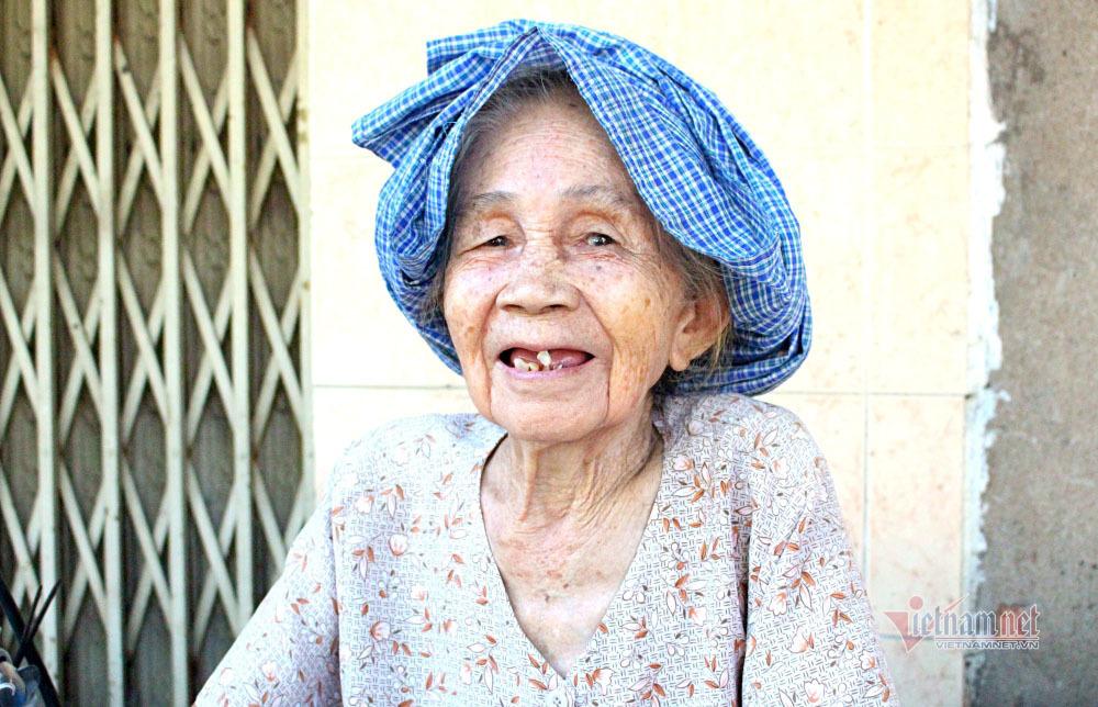 Gánh cháo đậu 50 năm gây thương nhớ ở Sài Gòn