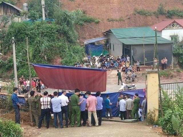 accidents,school gate collapse,lao cai