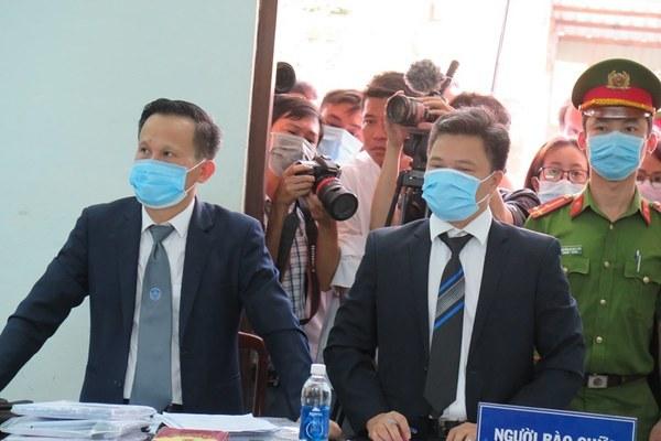 Lý do hoãn tòa xử bác sỹ bị cáo buộc hiếp dâm đồng nghiệp ở Huế
