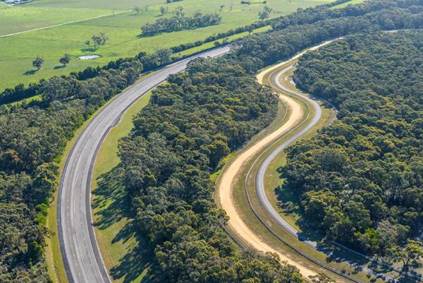Vinfast mua Trung tâm thử nghiệm xe của GM Holden tại Úc