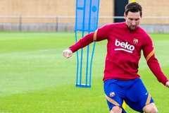 Koeman đưa Messi và Barca vào quy củ, cả đội khóc thét