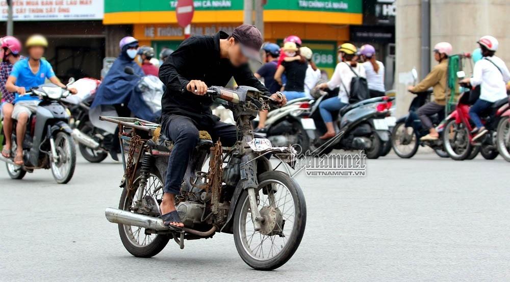Cần một cú hích mạnh hơn để người dân thải bỏ xe máy cũ gây ô nhiễm