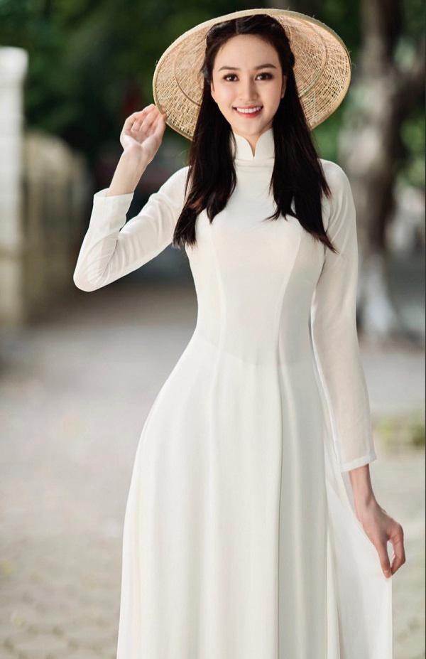 Thí sinh Hoa hậu Việt Nam 2020 sở hữu đôi chân dài 1,21m
