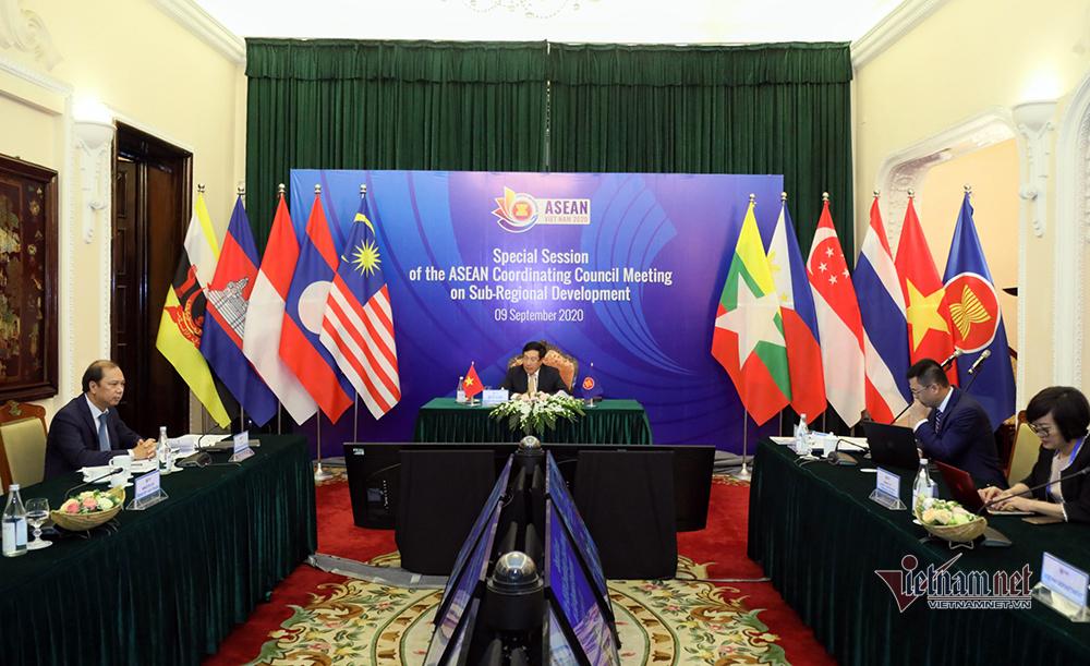 Phó Thủ tướng thẳng thắn quan ngại về diễn biến trên Biển Đông