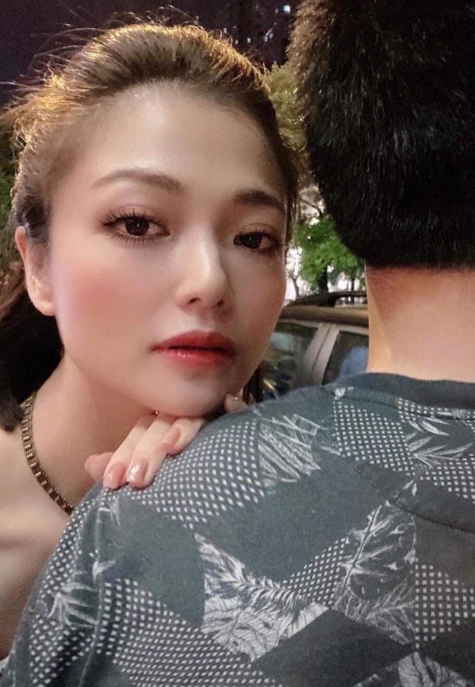 MC Lại Văn Sâm xúc động khi chia sẻ ảnh thủa mới vào nghề