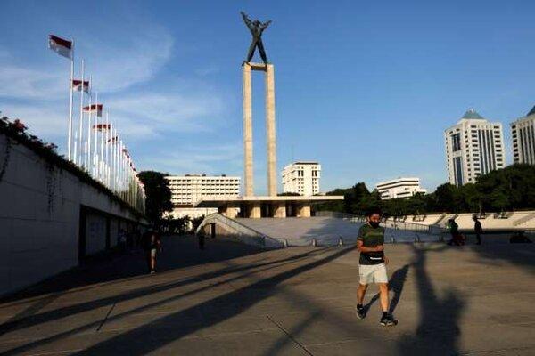 Thủ đô Indonesia tái áp đặt lệnh hạn chế do Covid-19