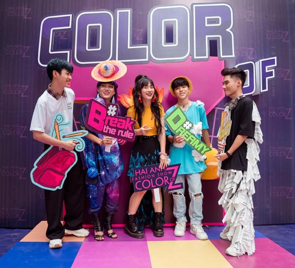 'Color of Z' - áo đồng phục lớp khẳng định cá tính thế hệ Z