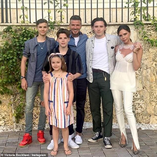 'Cơn ác mộng' của vợ chồng Beckham ở biệt thự 930 tỷ