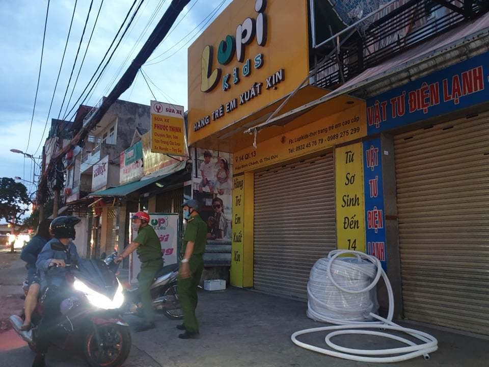 Tên cướp đâm nữ nhân viên bán quần áo ở Thủ Đức bị bắt ở Cam Ranh