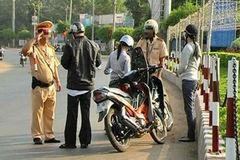 Xử phạt lái xe chưa đủ 18 tuổi gây tai nạn chết người