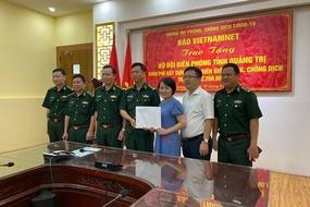 Báo VietNamNet trao tặng hơn 200 triệu đồng giúp BĐBP Quảng Trị chống dịch