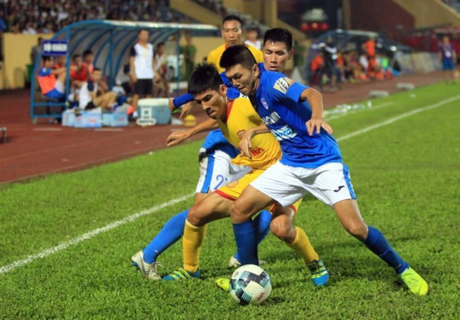 Hà Tĩnh 1-2 Than Quảng Ninh: Tấn công ghi thêm bàn thắng (H2)