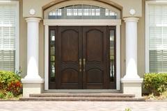 Mở cửa chính ngôi nhà theo cách này, gia chủ sẽ được 'trong ấm ngoài êm'