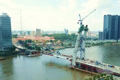 Cầu nghìn tỷ, biểu tượng mới giữa trung tâm TP.HCM tạm dừng thi công